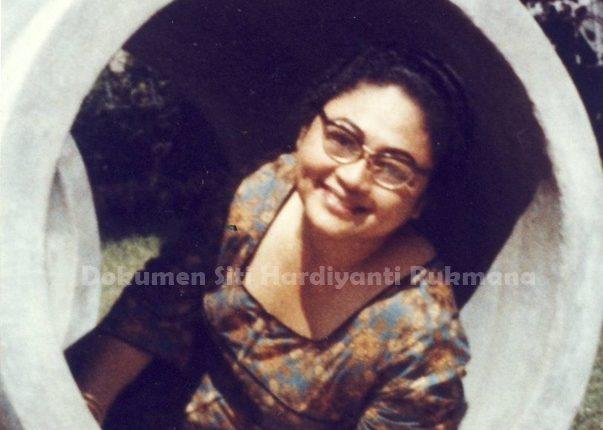 Ibu Tien di Istana Bogor